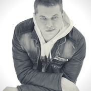 Denis 33 года (Лев) Москва