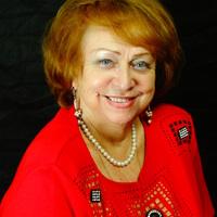лора, 67 лет, Рак, Москва