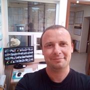Alex, 39, г.Черниговка