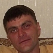 рома, 43, г.Долинск
