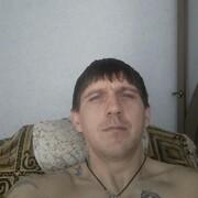 Олег, 35, г.Ртищево
