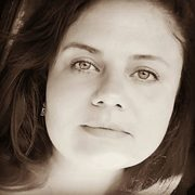 Елена, 37, г.Залари