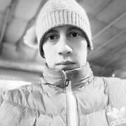 Артём, 25, г.Уссурийск