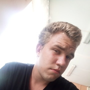 Петр Никифоров 18 лет (Козерог) хочет познакомиться в Ленинске