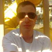 Андрей, 32, г.Дубровка