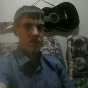 Илья, 27, г.Осинники
