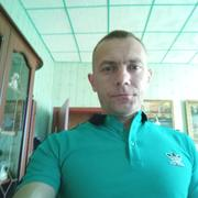 олег, 42, г.Ивангород