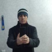 Иван, 36, г.Приобье