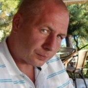 Александр, 41, г.Волхов