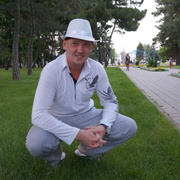 Михаил, 35, г.Вуктыл