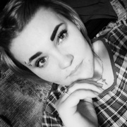 Марина, 27, г.Олекминск