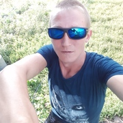 Анатолий, 25, г.Горняк