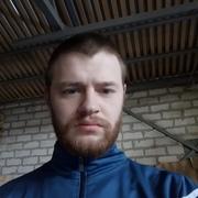 Виталий, 27, г.Коряжма