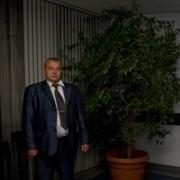 Андрей, 59 лет, Водолей